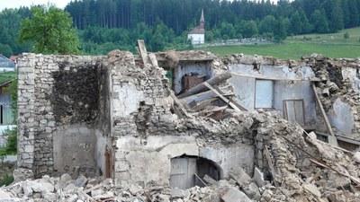 Demolition maison au lavoir 6 2013