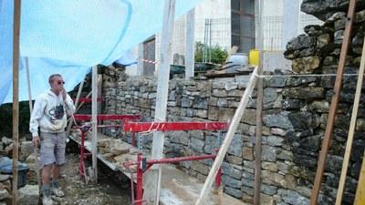 Mur de soutien parking de église 2 2009