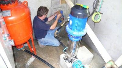 """Création d'une pompe de refoulement de l'eau de """"Sous le Frete"""" au réservoir"""